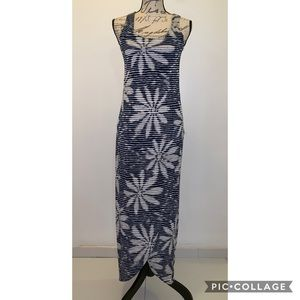 Love..Ady Maxi Blue and White Dress Small